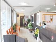 城山通りどうぶつ病院の待合室